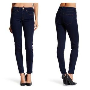 SPANX 5 Pocket Skinny Jean in Midnight